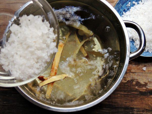 Cách làm chanh muối, chanh ngâm muối không đắng