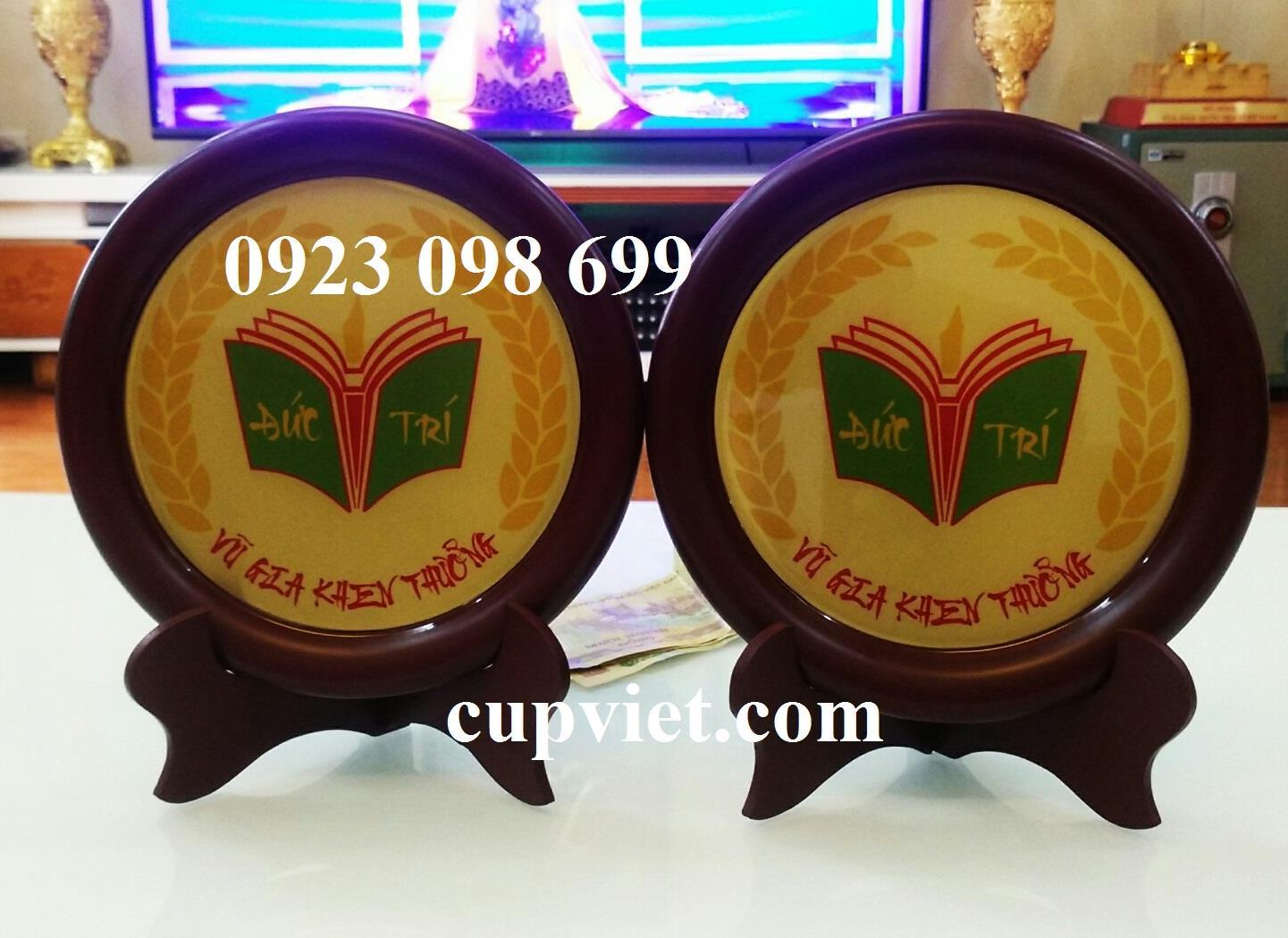 Cung cấp đĩa đồng vinh danh,dãi đồng kỷ niệm, quà tặng truyền thống, đúc đĩa quà