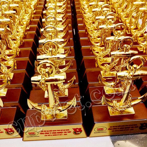 chuyên cung cấp quà tặng cho các hội nghị sự kiện bộ số kỷ niệm để bàn,bộ số quà tặng