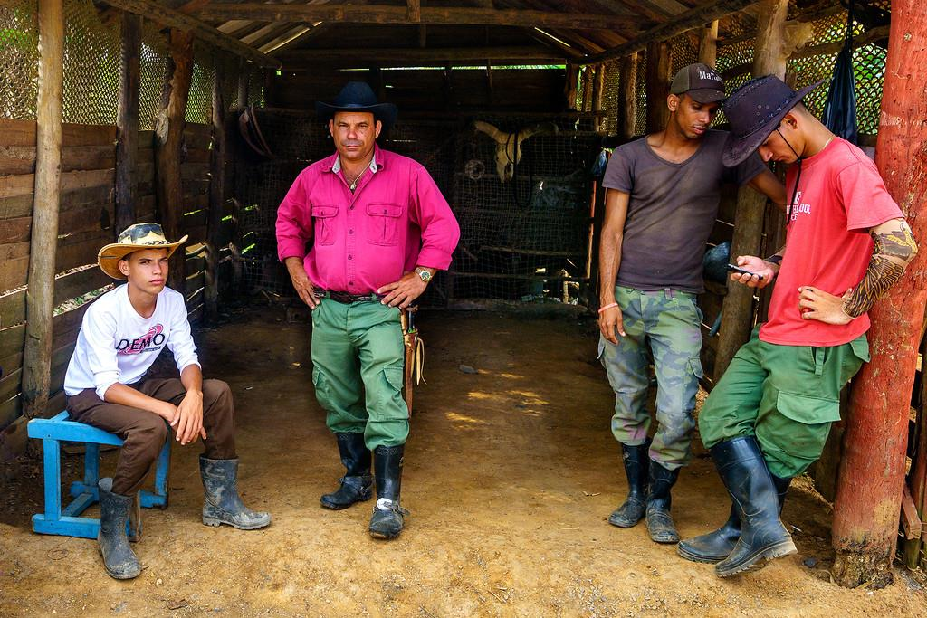 Khám phá Viñales: Cuộc sống trại ở vùng nông thôn Cuba