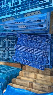 Pallet nhựa, pallet gỗ đẩy đủ kích thước giá tiền tại đà nẵng 0905681595