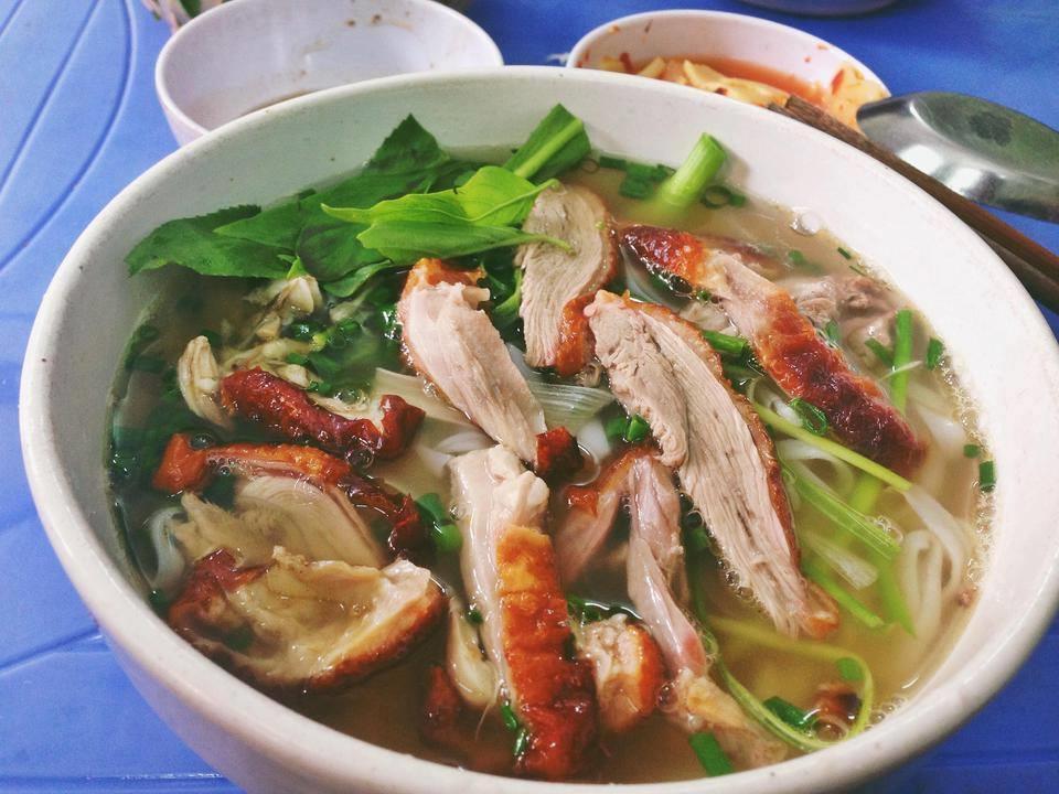 Khám phá phố ẩm thực Lò Đúc-Hà Nội