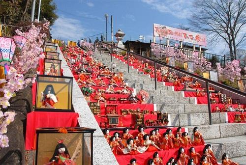 Những con búp bê mang đi vận rủi ở Nhật Bản