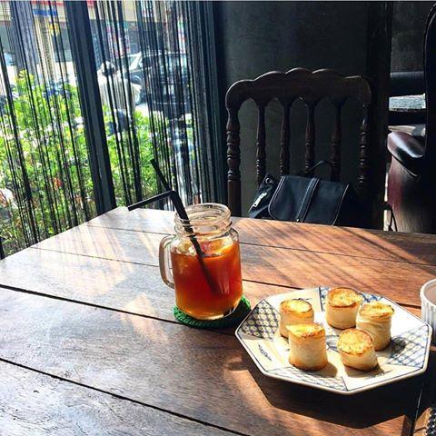 Ba quán cà phê lộng gió lý tưởng cho mùa hè ở Hà Nội