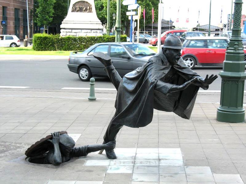 Giật mình trước 25 bức tượng trên khắp thế giới bỗng dưng sống dậy giữa ban ngày