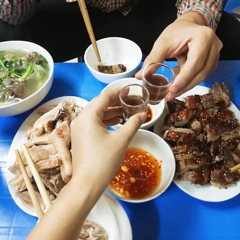 Cao Ngọc Linh đến Hội Review đồ ăn có tâm!!! 2 giờ ·  Long vịt Vân Đình - Ngõ 163 Thái Hà