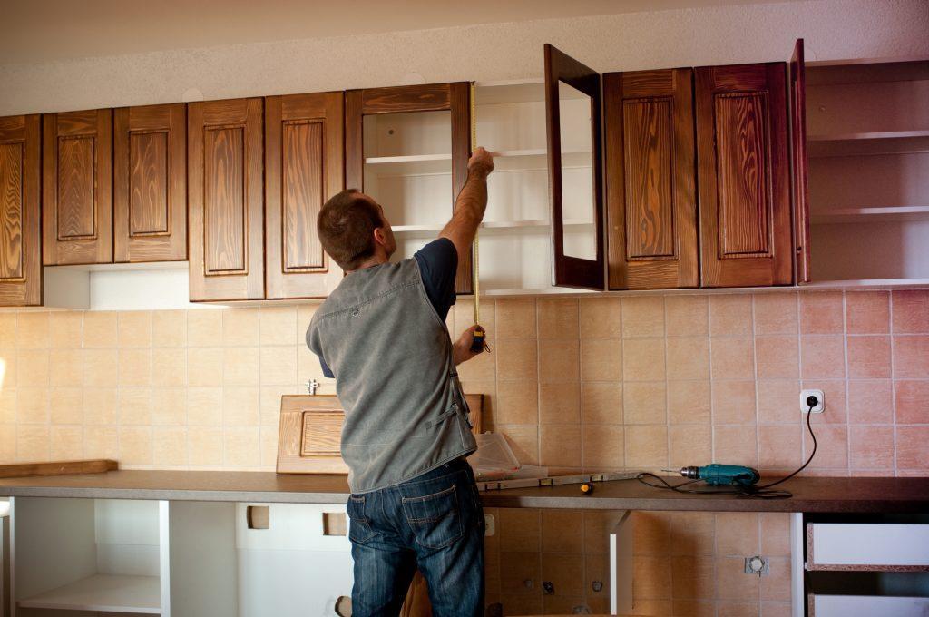 Dịch vụ sửa chữa đồ gỗ nội thất bếp  tại nhà Hà Nội