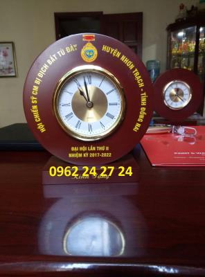 chuyên sản xuất đồng hồ làm quà tặng đại hội, bán đồng hồ quà tặng quân đội