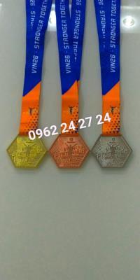xưởng sản xuất huy chương kim loại ăn mòn, nhận cung cấp huy chương giải kim đồng