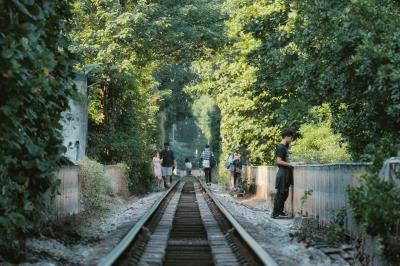 Phố đường tầu lưu giữ một phần ký ức, một vẻ đẹp vừa cổ kính, vừa dân dã, giản dị rất riêng của Hà Nội