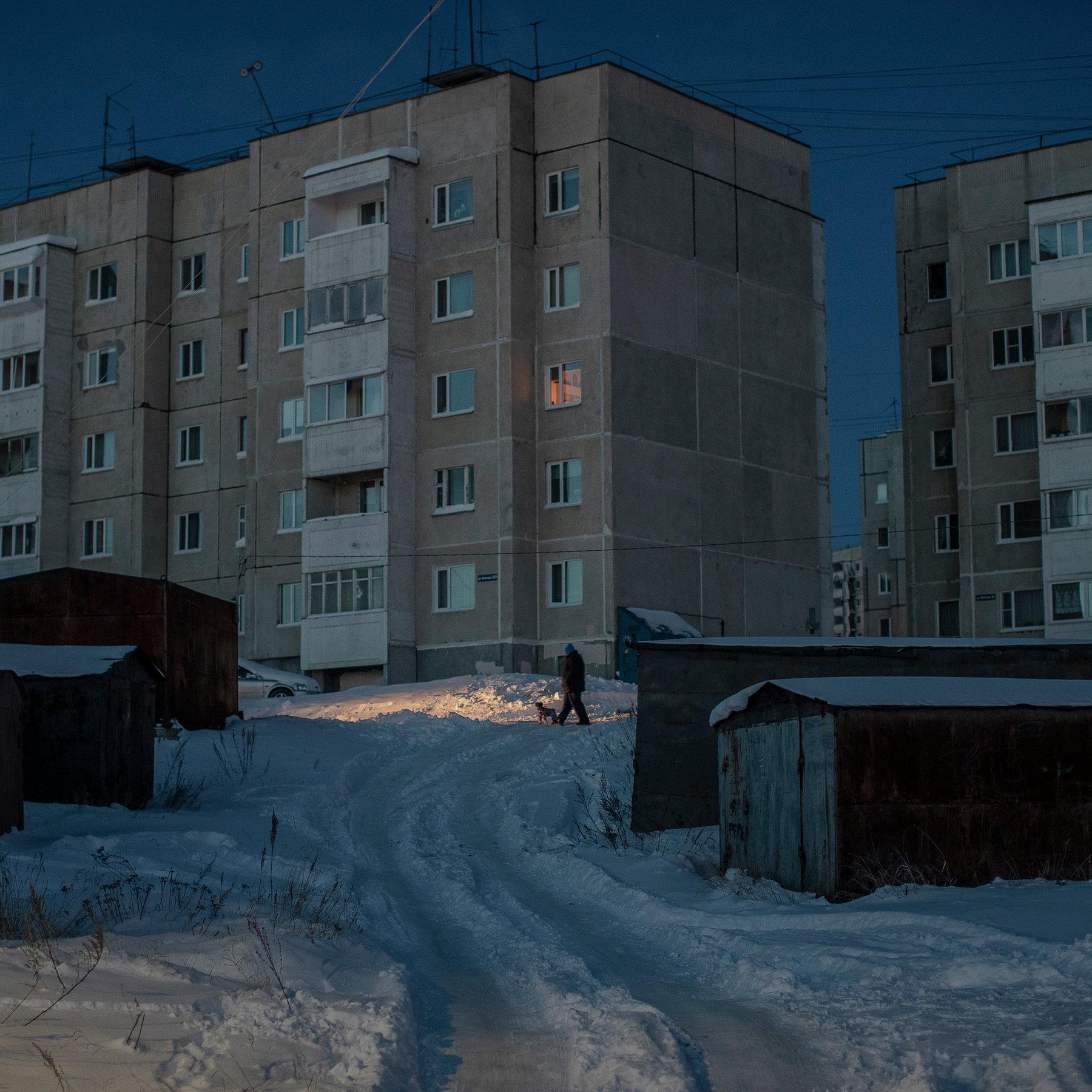 Thị trấn ma Kadykchan tại Nga với những tác phẩm nghệ thuật thời tận thế