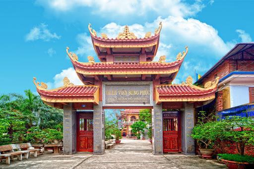 Du xuân vãn cảnh ở 10 thiền viện đẹp nhất cả nước